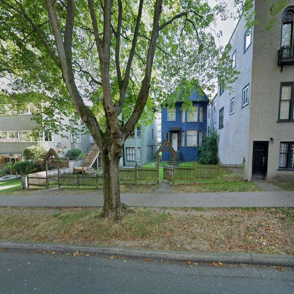 69. 1325 – 1327 Barclay Street